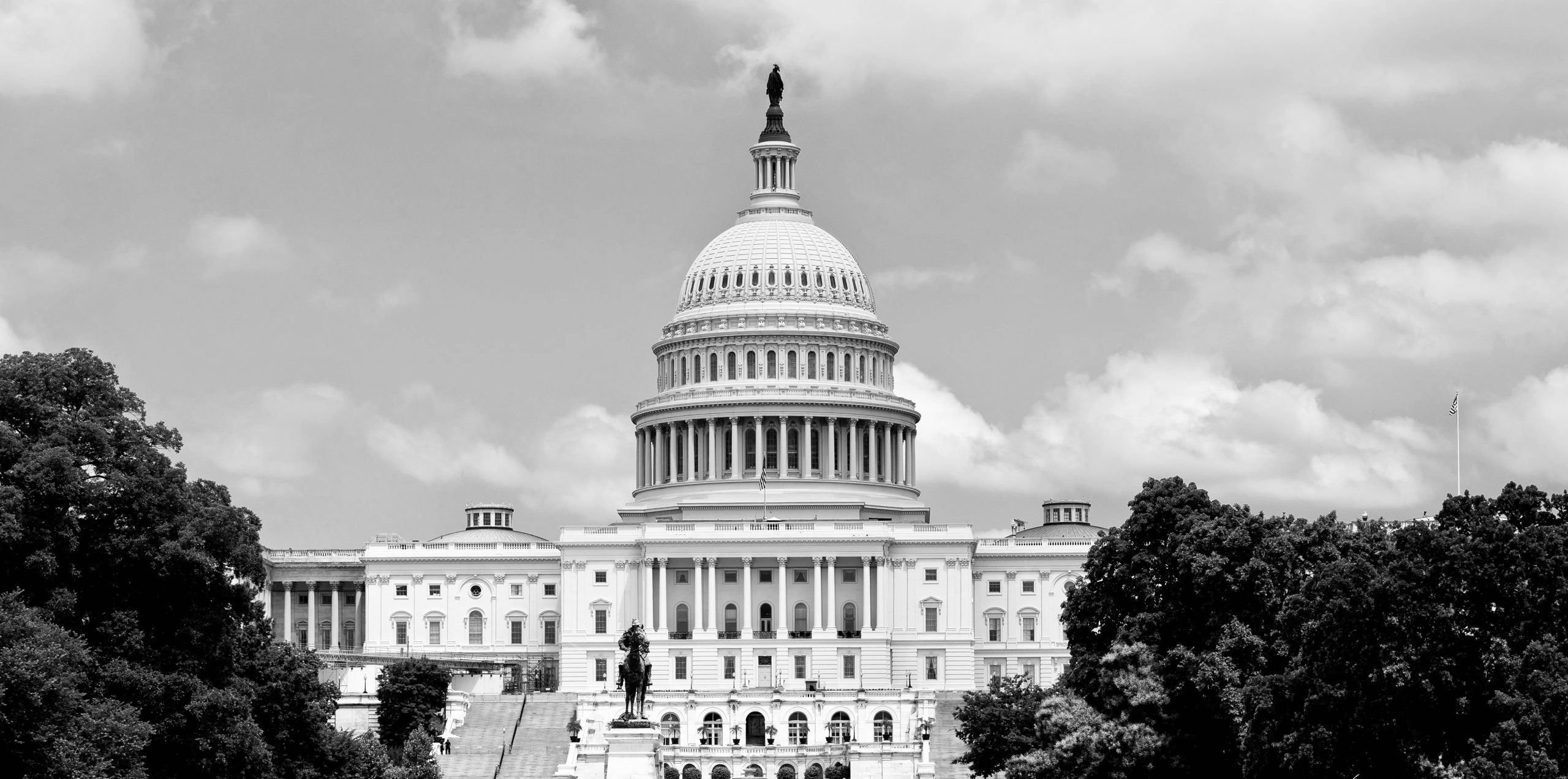 U.S. Capitol building in black and white